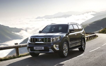 A Large Kia SUV is on the Way to Dealerships