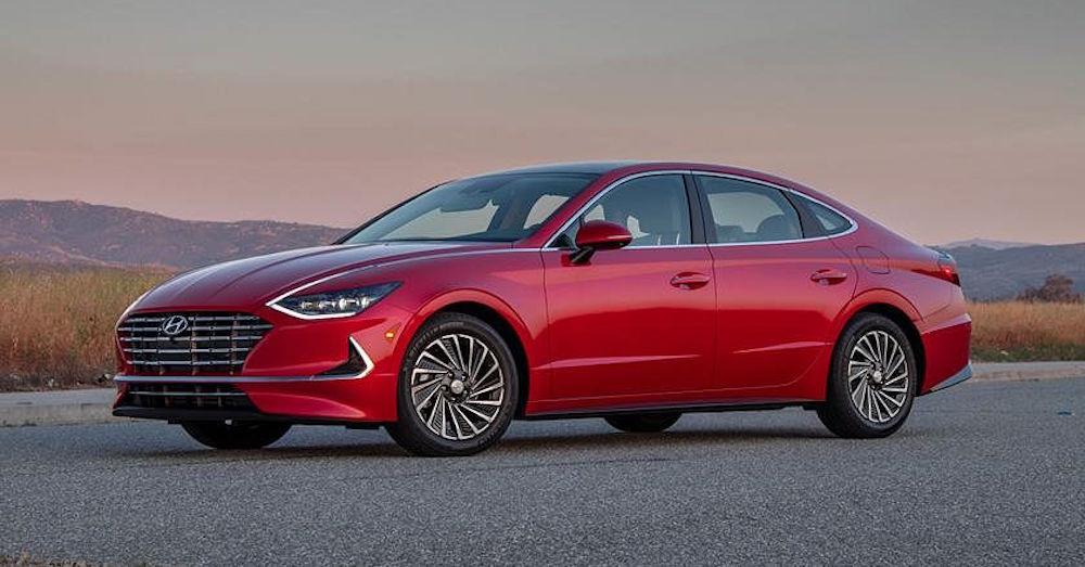 2021 Hyundai Sonata – Gas vs Hybrid